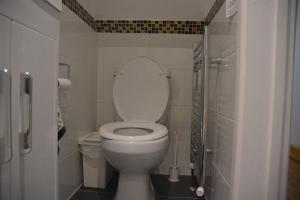 Botley toilet plumbing