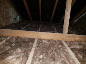 Wool roof insulation