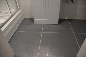 Botley bathroom floor tiles