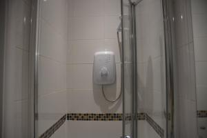 Botley shower enclosure